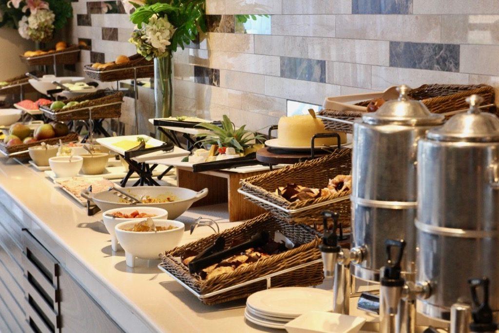 Frukosten på Southern sun waterfront hotel