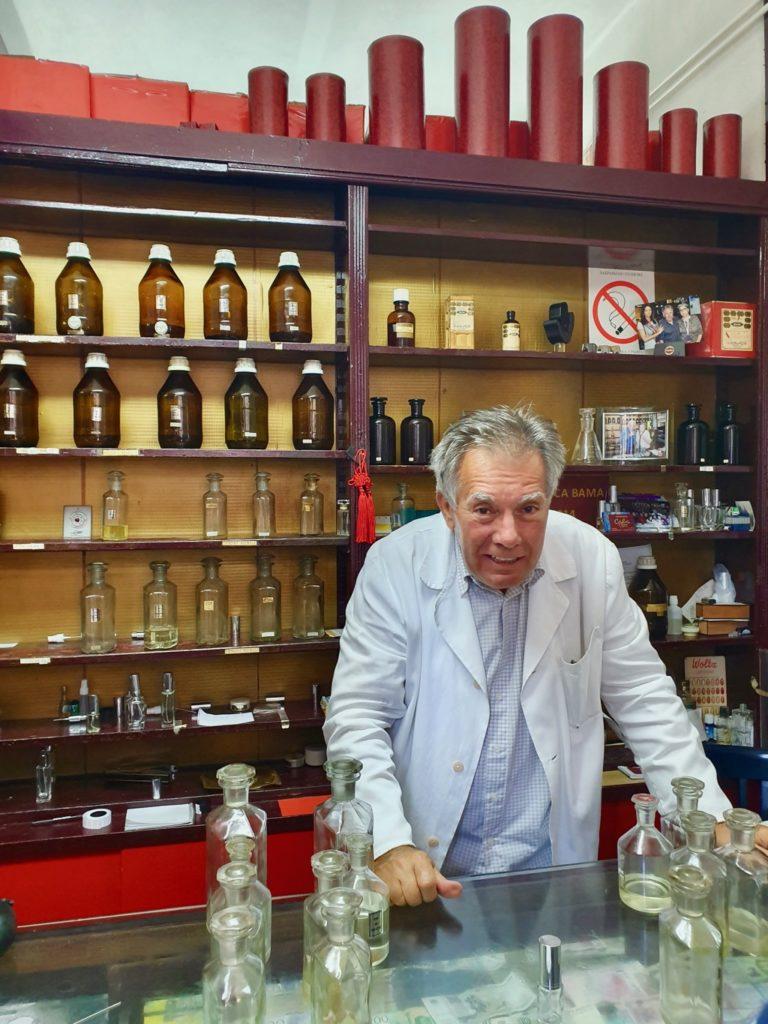 Gör din egen parfym i Belgrad.