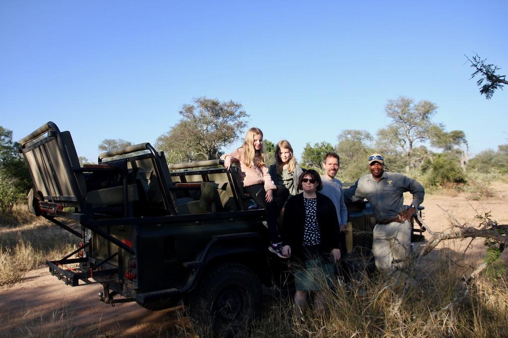 kvällssafari safarijeep