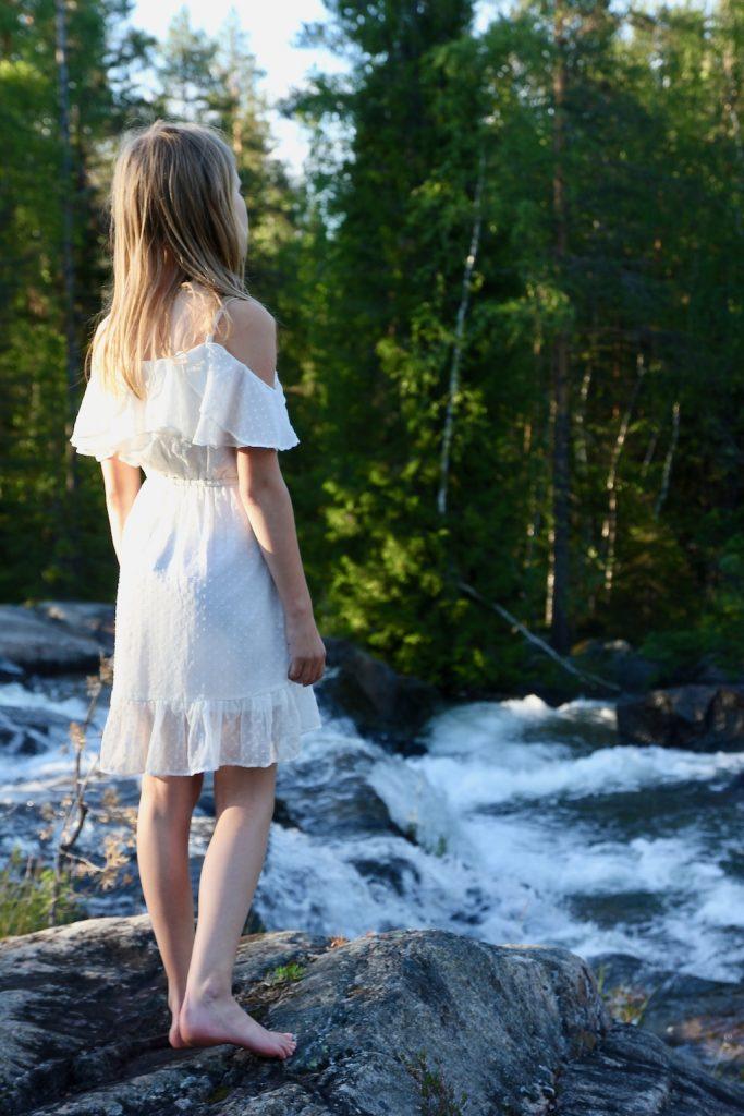 Storforsens vattenfall, resa i Svierige.